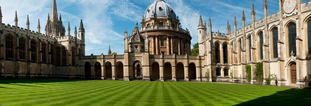 Oxford Üniversitesi mimarisi